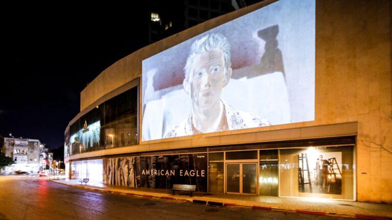 Arte ai tempi del coronavirus: il museo di Tel Aviv porta le opere all'esterno