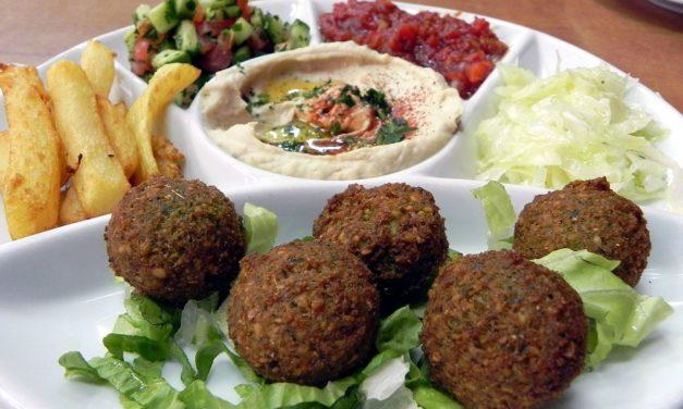 """Lo """"street food"""" che trovate per le strade di Israele"""