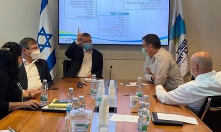 Israele intensificherà l'utilizzo delle mascherine