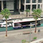 Tel Aviv lancia un progetto pilota per ricaricare i bus su strada