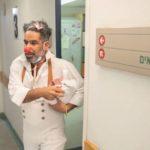 """David Barashi, il primo """"clown"""" medico COVID19 di Israele"""