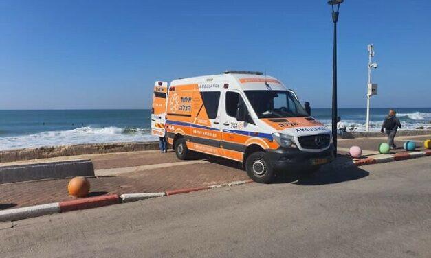 Israele: il vaccino e quel giro in spiaggia per i sopravvissuti all'Olocausto