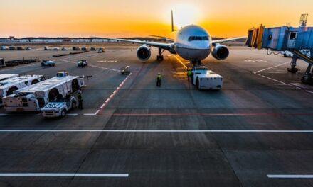 L'UE impone restrizioni di viaggio su Israele e USA causa COVID19