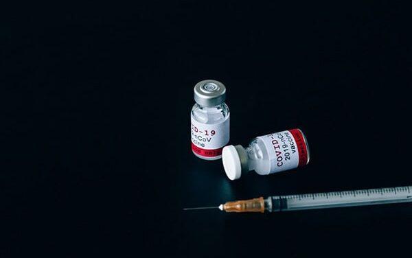 Pfizer : Secondo uno studio, il vaccino é sicuro sui pazienti con forti allergie